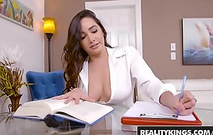 RealityKings - Big Naturals - Go-go Tutor starring Brannon Rhodes and Karlee Superannuated