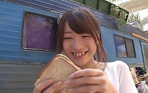 Hatsumi Saki copulates BBC in trailer