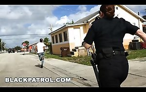 Blackguardly Watchman - Officer Maggie Green and Her Colleagues Are Layin'_ Close by The Law