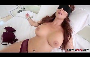 Son tricks mom into mouth fucking him