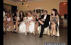 Wedding go rest to upskirts!