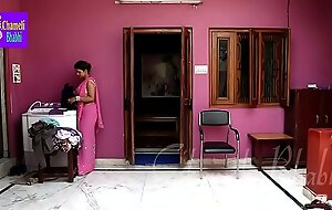 Indian Bhabhi Having Reprobate Dealings Fro Bra Seller