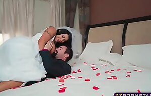 Busty bride acquires fucked hard by her give anthropoid a just deserts beyond wedding suntanned
