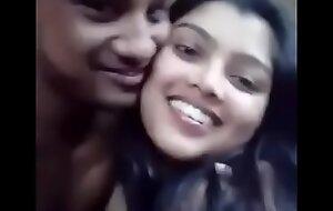 मेरी बीवी मेरे दोस्त के साथ