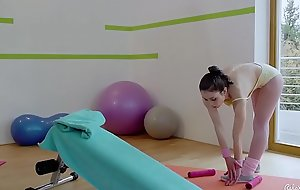 RELAXXXED - Naughty Italian baby Valentina Bianco gets pussy fucked in gym