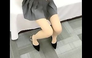 Skinny Chinese Girl Comply with Creampie Sex 18