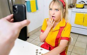 Tiny kermis teen gets her queasy pussy fucked plus creamed