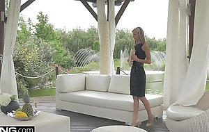 Glamkore - Coddle Gina Gerson with reference to luxurious DP session