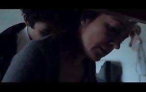 Hijo estudiante obliga a su madre a follar - Pelicula completa en HD  aqui: https://ouo.io/E2LpsK