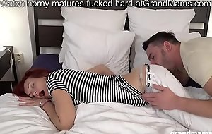 Skinny redhead grandma picks up house-servant and licks his big cock