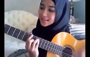 Cina Melayu videos - Indonesian