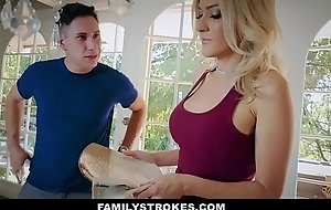 FamilyStrokes - Retribution Stepmom Screwed Wide of Sprog